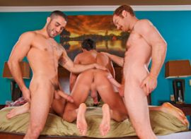 What are the best free gay hookup websites